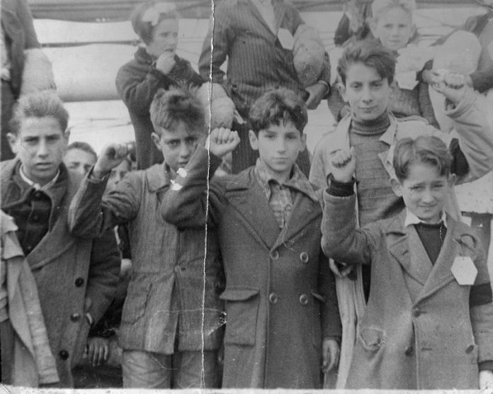 800px-spanish_war_children001