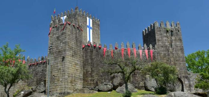 guimaraes-castle